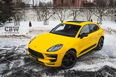 Porsche Macan - Yellow Sunrise